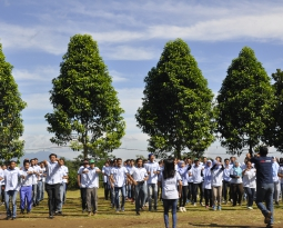 Sriwahana is Moving Up – Team Building Activity